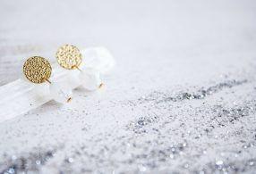 Pendientes Venus de Piedra Luna de Fauna y Flora joyería inspirada en la naturaleza