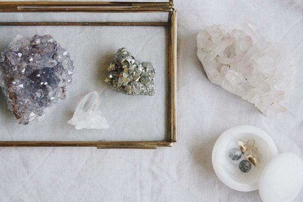 Amatista Drusa Cuarzo Celestina Selected Crystals Fauna y Flora