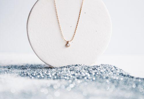Colgante circonita Estrella Polar Chapado en oro de 18kt y libre de níquel y plomo