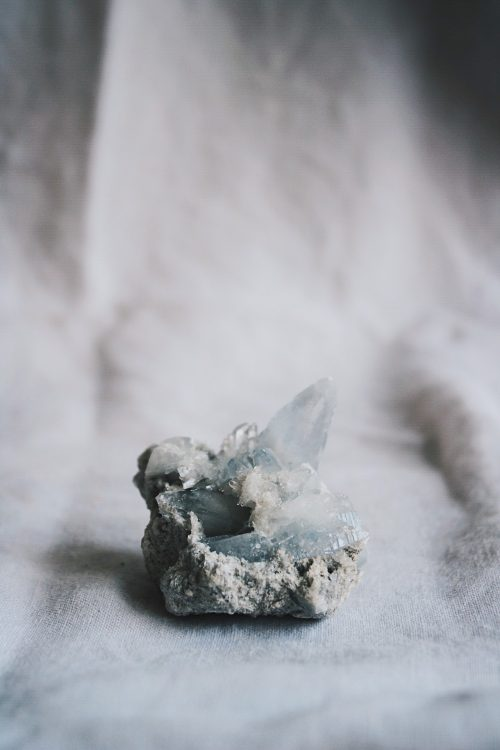 Drusa de Celestina, mineral de la colección Selected Crystals de Fauna y Flora