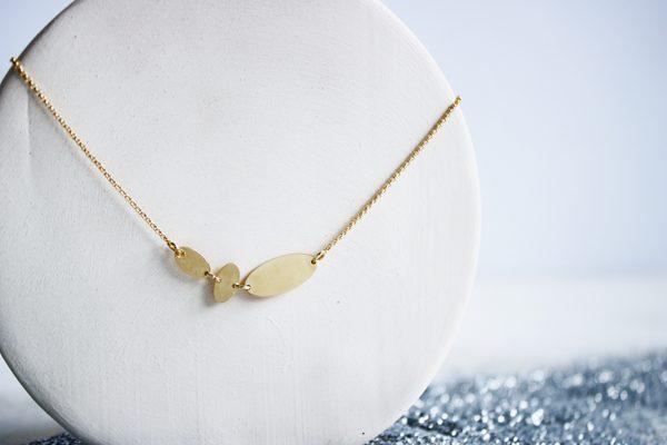 Collar chapado en oro semilla de Fauna y Flora